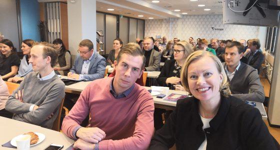 Potilasturvallisuus vahvistuu entisestään – STM:n, Valviran, Fimean ja MedTech Finlandin keskustelutilaisuudessa yli 70 yritysten edustajaa